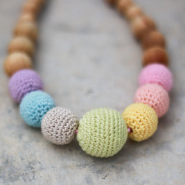 Neutral Simple Rainbow Necklace, Juniper Wood Kangaroocare