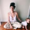 Best Babywearing Necklace / Cappuccino, Oak Wood Kangaroocare