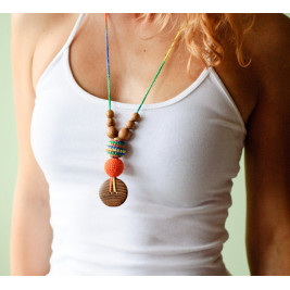 Best Babywearing Necklace in Orange & Green mix, Oak Wood