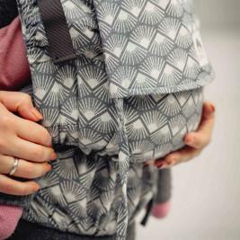 Limas Flex Sunshine Monochrome porte bébé physiologique en coton bio