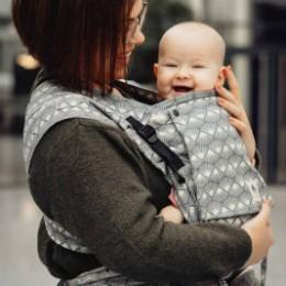 Limas Plus Sunshine Monochrome porte bébé physiologique en coton bio