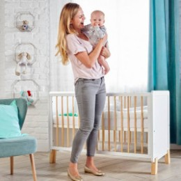 KinderKraft Lunky - baby cot for many years
