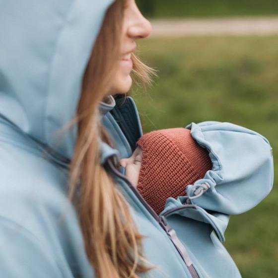 Love and Carry Veste 4 en 1 de Portage et de Grossesse Softshell Sky insert avec capuche pour bébé