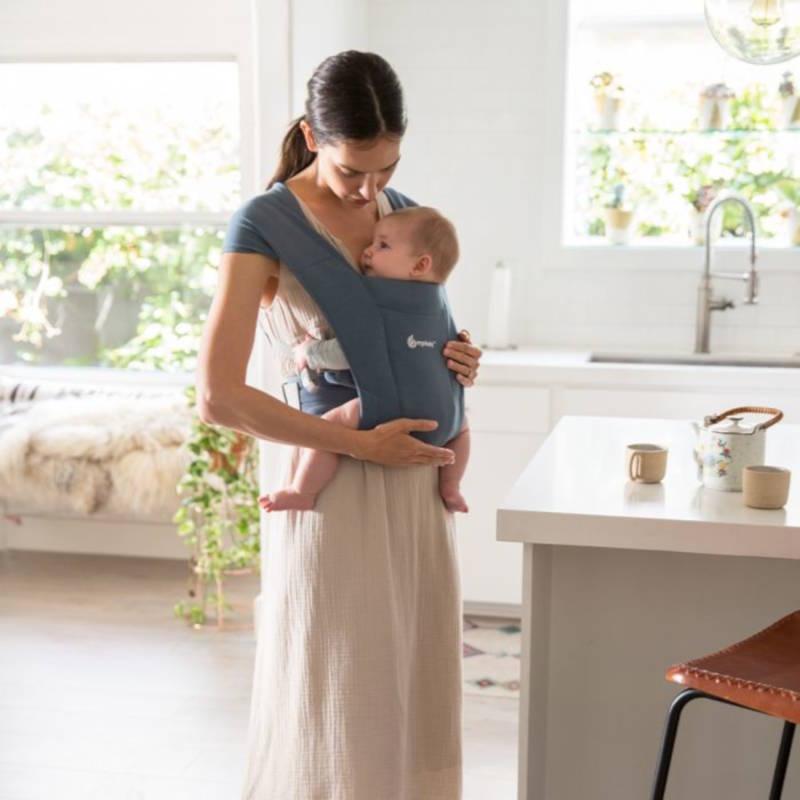 Ergobaby Embrace Gris Bleu porte-bébé physiologique spécial nouveau-nés