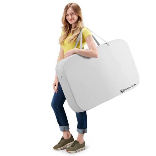 lit de voyage dans son sac de transport