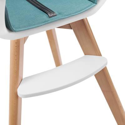 chaise haute avec repose-pieds