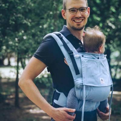 LIMAS Flex : le porte-bébé préformé et onbuhimo de LIMAS