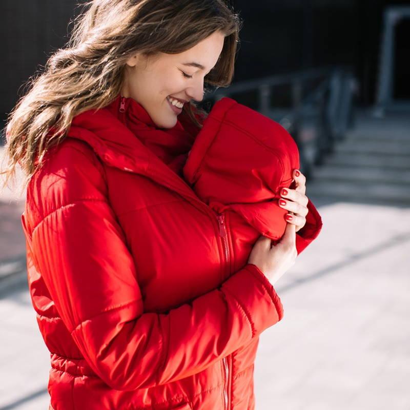 manteau de portage avec porte-bébé physiologique