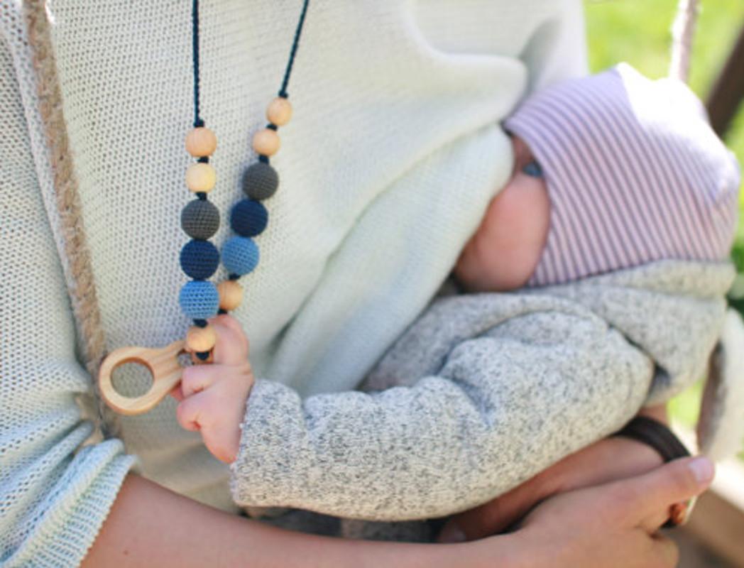 Kangaroocare collier portage et allaitement